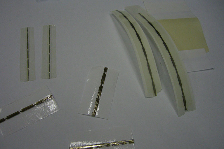 etichette elettromagnetiche adesive